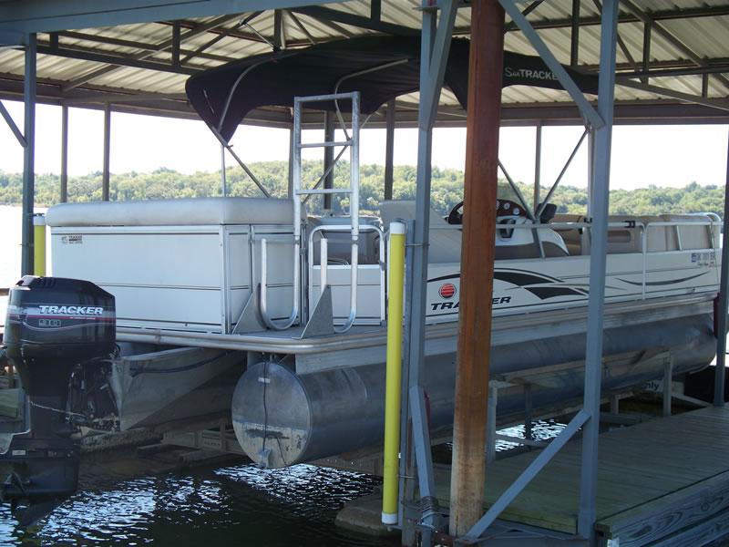 Boat Rentals - Lighthouse Resort  Marina on Lake Texoma